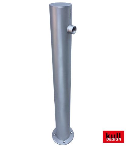 Edelstahl Wasserzapfsäule D= 10 cm, Höhe 90 cm mit Anschluss oben für Wasserhahn.Diesen bitte gesondert bestellen-auswählen.<br> Idealer Wasserspender für Garten, Park und Friedhof.