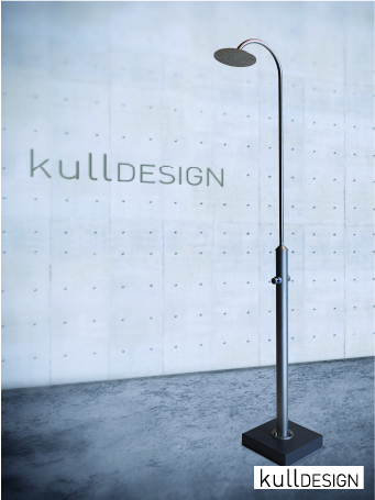 Design Gartendusche in Edelstahl matt satiniert mit abnehmbaren Rundbrausebogen.