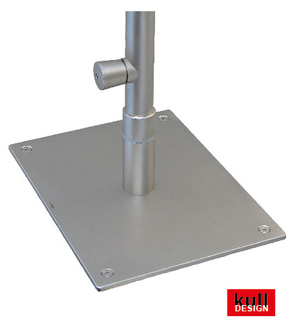 Stainless steel base plate with rotary insert for swiveling faucet